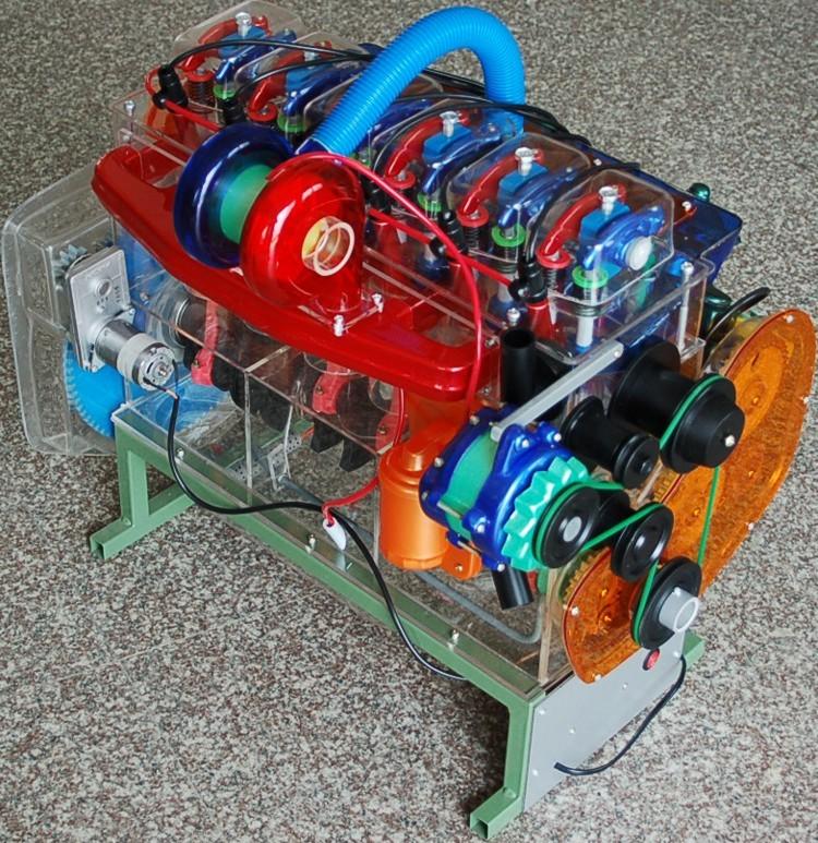 康明斯发动机模型